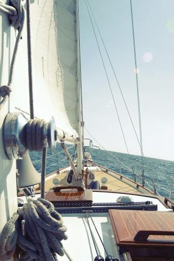 sailing-boat-406933_1280